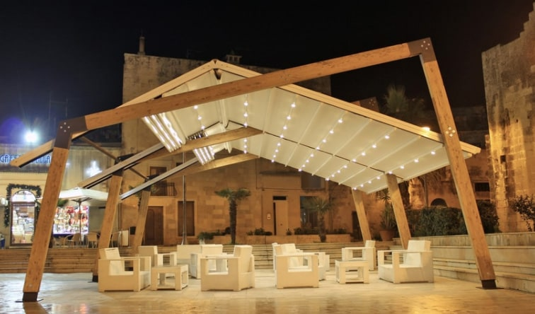 Outdoor Area - Versatile Structures